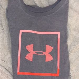under armor athletic shirt
